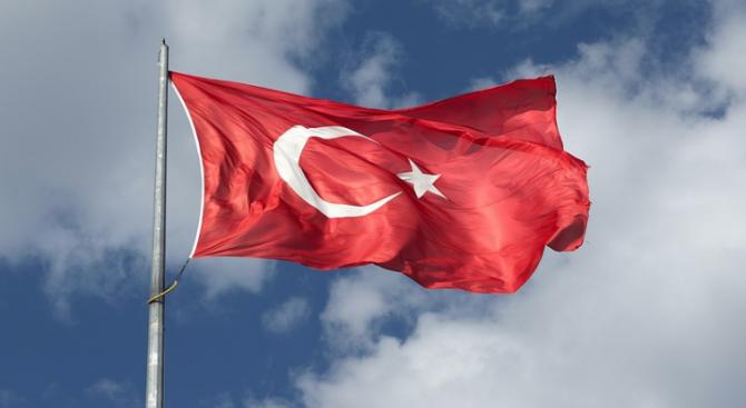 Основната опозиционна партия в Турция се противопостави днес на изпращането