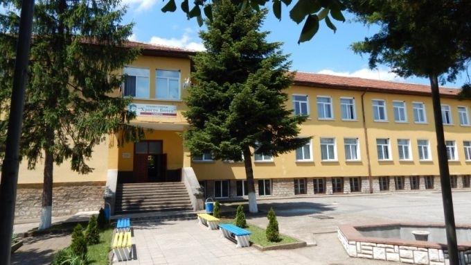 """Сградата на бившето училище """"Христо Ботев"""" в село Паволче ще"""