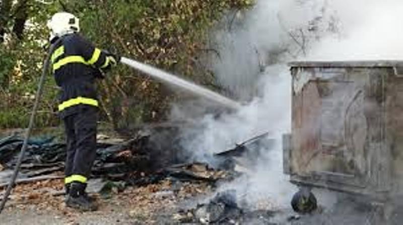 Пожарникарите в протестна готовност, искат отмяна на новото им работно време