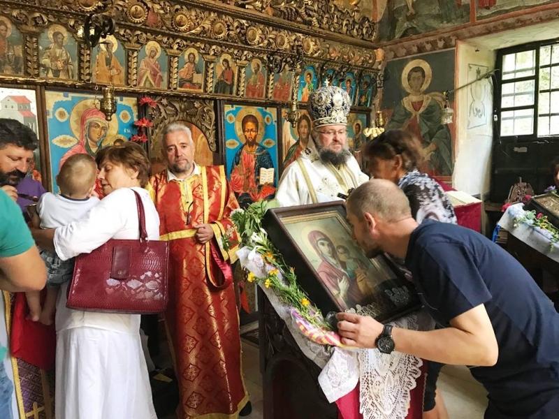 Снимка: Черепишкият манастир отбеляза храмовия си празник