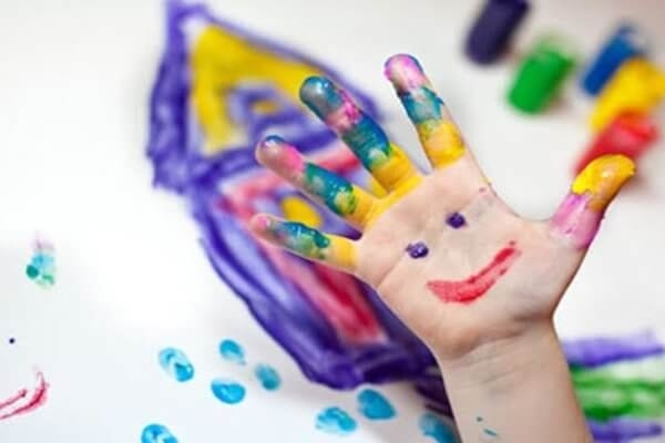 Снимка: Малчугани от Враца мерят талант в конкурс за детска рисунка
