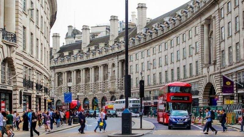 Британските заплати с най-голям ръст от десетилетие