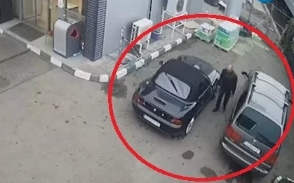 Абсурдна кражба станалаот обект на бензиностанция в София. Мястото е