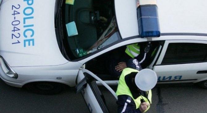 Задържаха дрогиран шофьор след едночасова гонка