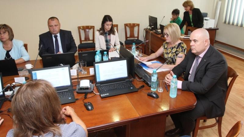 Комисията по атестирането и конкурсите на Прокурорската колегия на ВСС