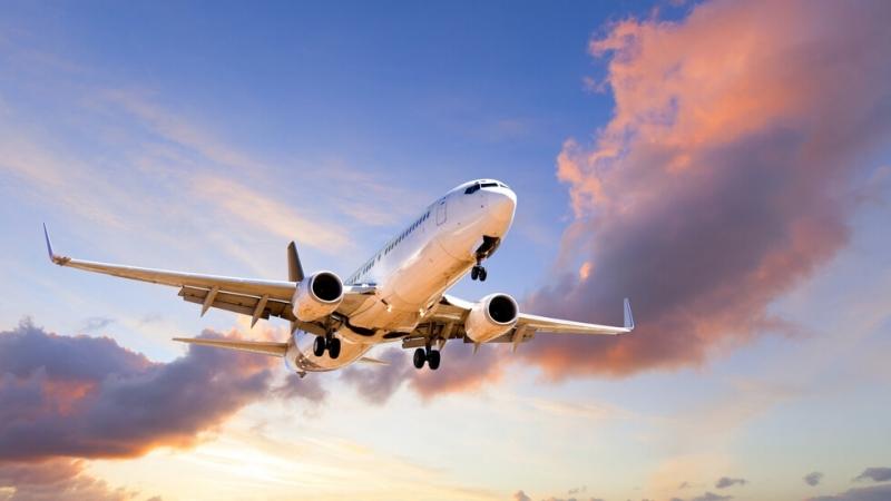"""Самолет на Уралските авиолинии """"Еърбъс А321"""" с 234 души на"""