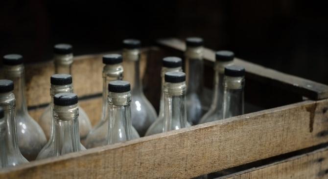 116 души станаха жертва на фалшив алкохол през последните почивни