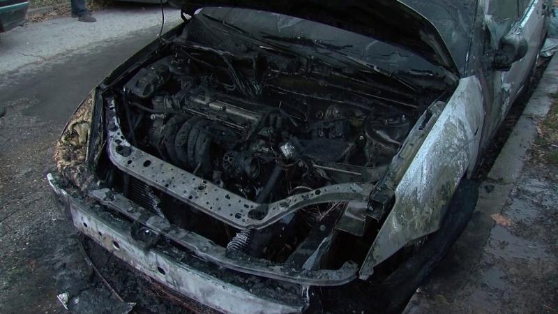 """Лек автомобил """"Опел Корса"""" е бил запален във Врачанско снощи,"""