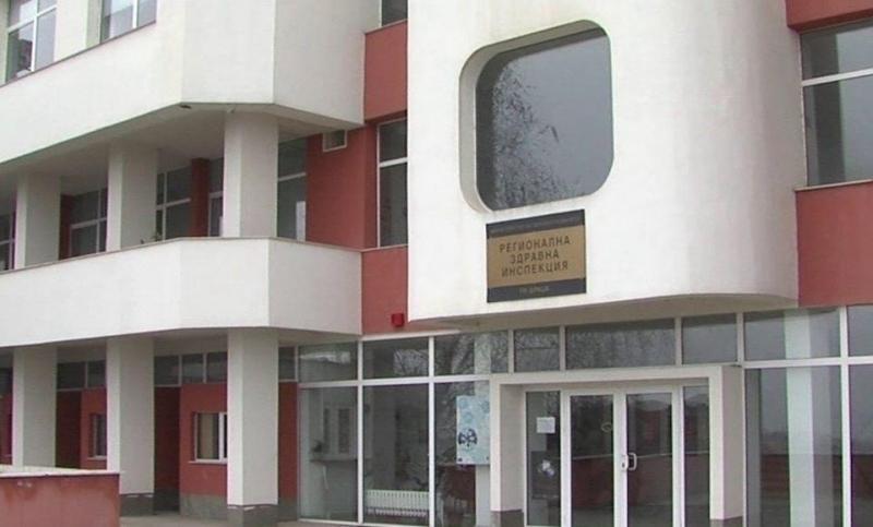 РЗИ-Враца: Видинчанин, работещ в Мездра и мъж от Козлодуй са заразени с COVID-19, взети са 38 нови проби