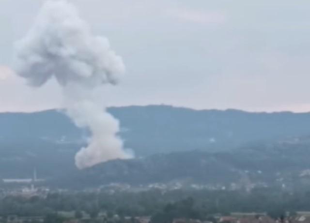Поредица експлозии разтърсиха завод за мунициивЦентрална Сърбия, съобщиха сръбските власти.