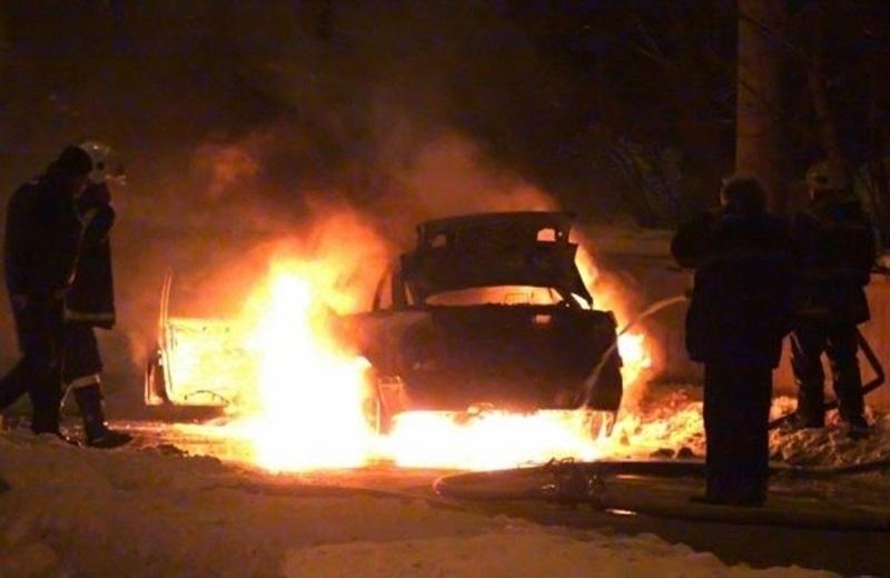 Кола е изгоряла като факла в монтанското село Винище, научи