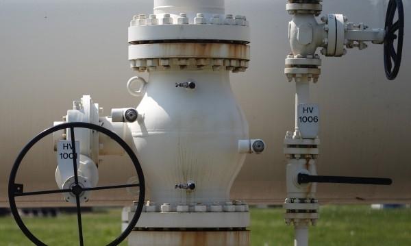 Булгаргаз и други клиенти на Газпром в България могат да
