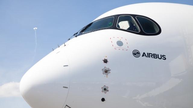 """Заради проблем с двигателите, швейцарската авиокомпания """"Swiss"""" спря полетите на"""