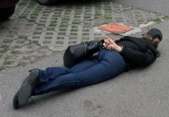 Полицаи са хванали 16-годиишна и младежи от Оряхово с наркотици