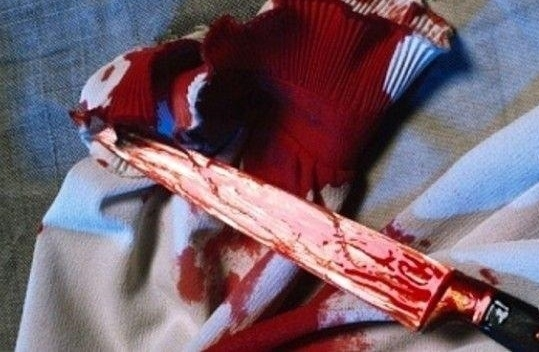 Кървава сцена! Бивш мъж наръга жена си и новия й любовник във Врачанско