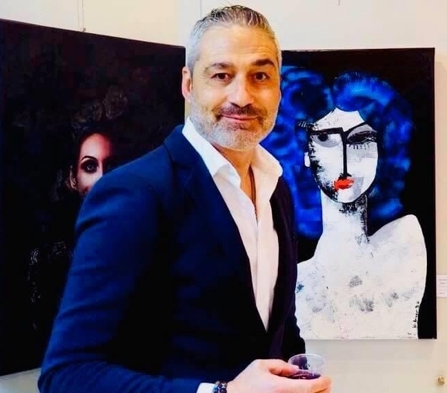 Популярният художник Красимир Митев, който живее и твори в Испания,