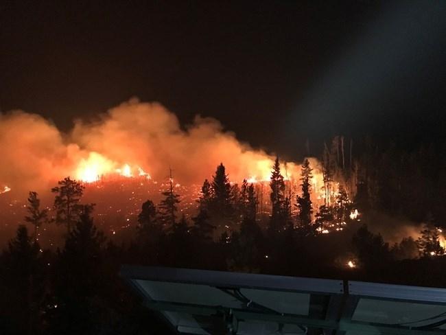 В Колорадо бушува най-големият пожар в историята на щата. Стихията