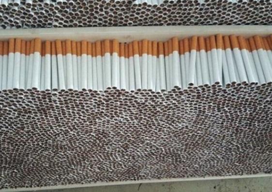 Колет с цигари, изпратен от България за Англия, задържаха митнически