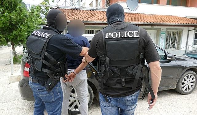 При спецакция в Лом! Хванаха младеж, откраднал казан за ракия от монтанско село