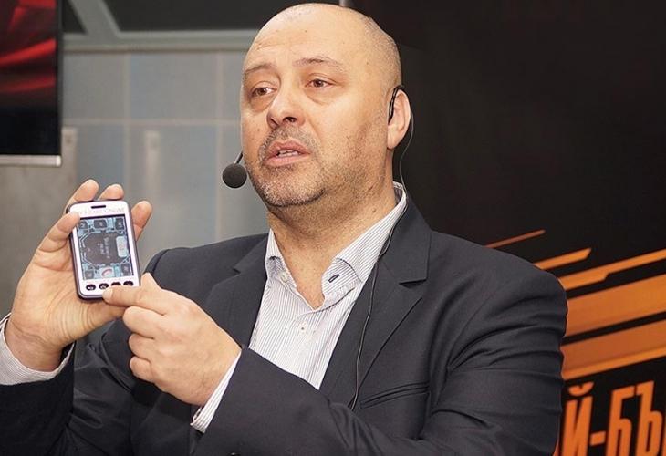 Българско апаратче следи работата на сърцето и алармира при опасност