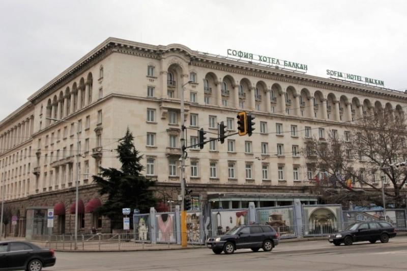 """Хотел """"Шератон"""" в София, който от няколко години се преименува"""