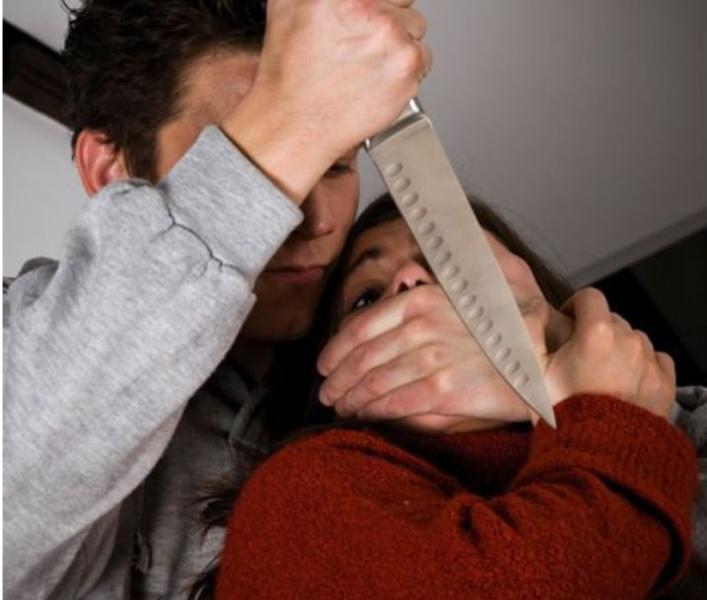 Обезумял от пиене мъж от Видин е нападнал с кухненски