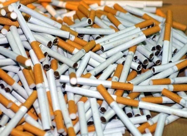 Около 600 грама нарязан тютюн и 200 къса цигари без