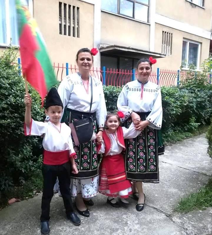 """Екип от детска градина """"Мир"""" в Козлодуй посетиха република Сърбия,където"""