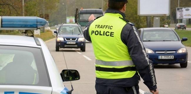 Полицаите съставиха 64 акта и 38 фиша на нарушители във Врачанско