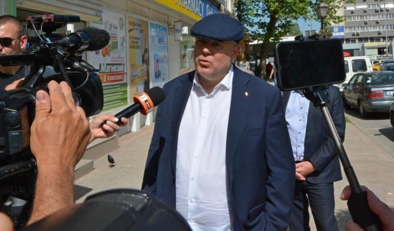 Прокуратурата разследва комиксите на Васил Божков