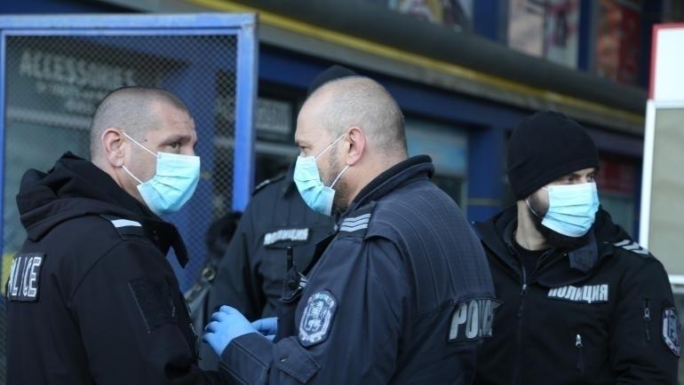 Ченгета търсиха нарушители на карантината в Бяла Слатина