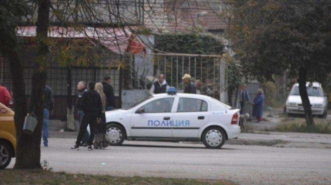 Напрежение! Мотористи нахлуха в кварталите на Русе, където е живял Северин, бият наред