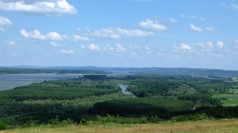 Приключенски и екотуризъм стават приоритет за Дунавския туристически район. Това