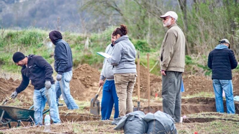 Откриха останки от 4 епохи при спасителни археологически проучвания край