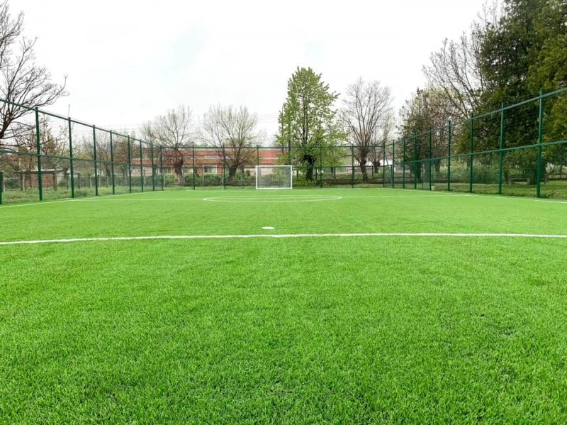 Завършиха дейностите по изграждането на футболно игрище с изкуствена настилка