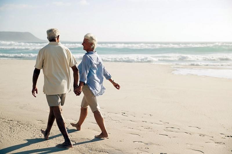 Очакваната средна продължителност на живот общо за населението на страната,