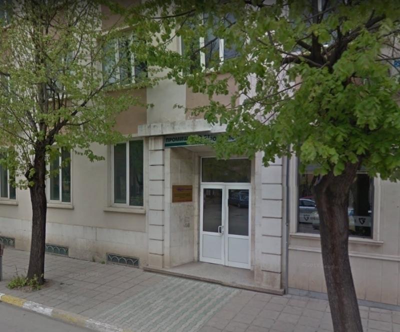 Службата по геодезия, картография и кадастър във Враца си търси