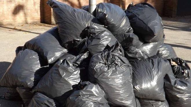 Британка престоя известно време в ареста, тъй като поставяла боклук