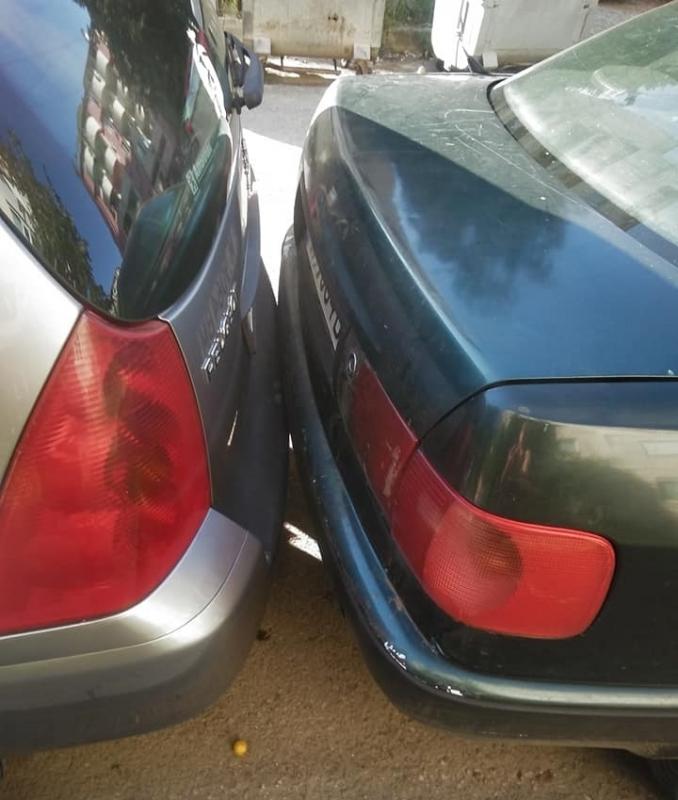 Уникално паркиране в Монтана разтърси фейсбук, видя BulNews.bg. Шофьор толкова