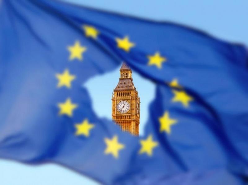 Британският премиер Борис Джонсъниска отЕвропейския съюз да блокира отлагането на