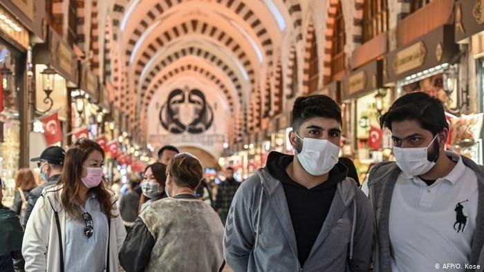 Забавянето на мерките в Турция срещу пандемията от новия коронавирус