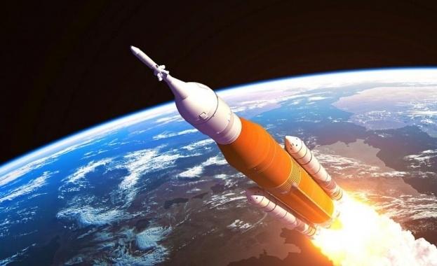 """Снимка: Европейската ракета """"Ариана 4"""" експлодира в космоса"""