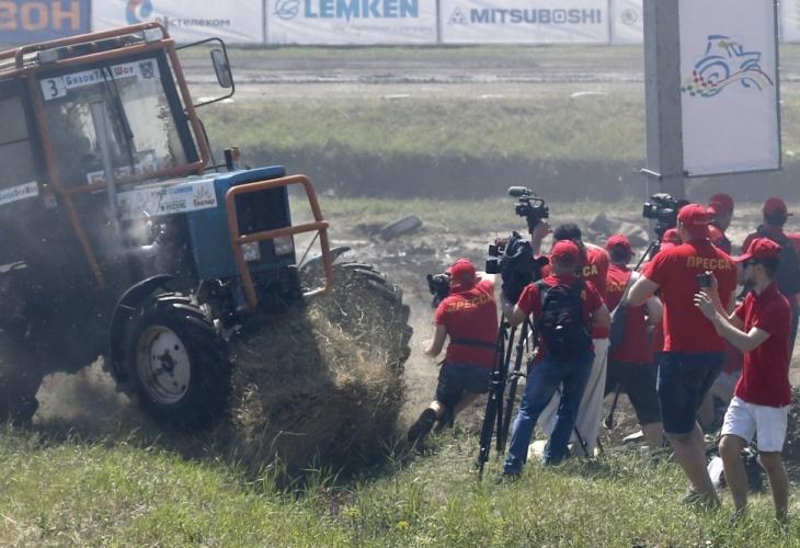 По време на състезанието затрактори Бизон Трек Шоу, проведено в