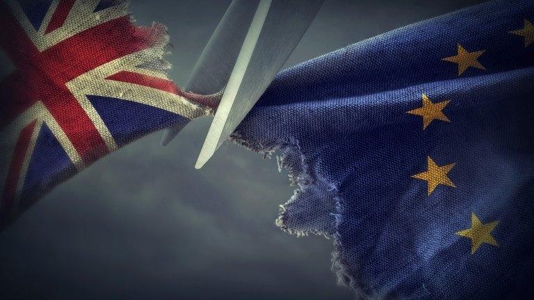 Лидерите на Великобритания и ЕС днес трябва да навлязат в