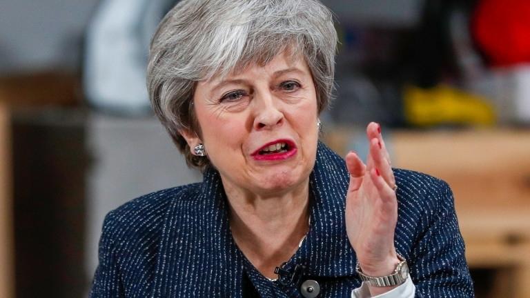 11 министри от кабинета на британския премиер Тереза Мей подготвят