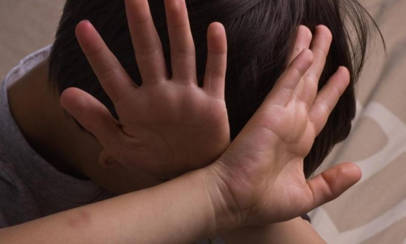 Учител от Врачанско е посягал на приемното дете, което отглеждал