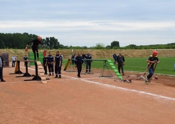 Огнеборците от Враца демонстрираха най-добри умения и бързина в състезанието