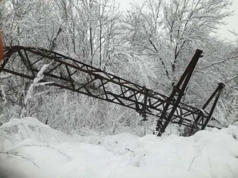 Десетки селища от област Смолян са спрекъснато електрозахранванев следствие на