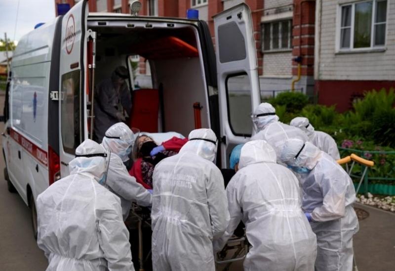 За денонощие: Нови 8726 заразени с коронавирус в Русия