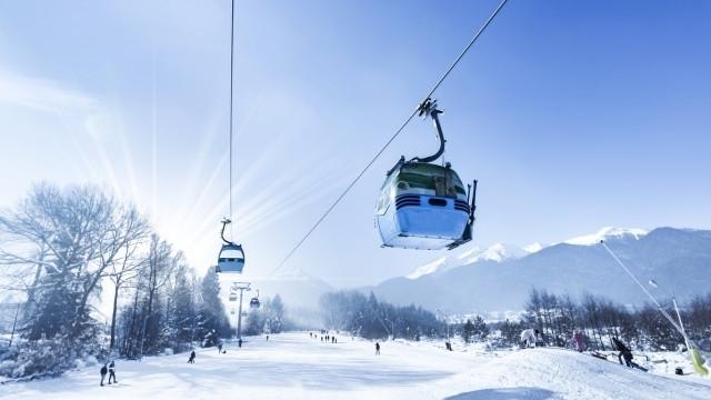 Зимните курорти са против въвеждането на зелен сертификат за допускането